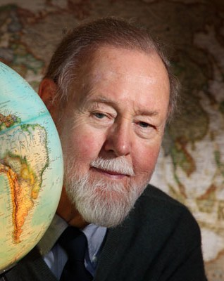 Prof. Dr. Roger Tomlinson, o pai do GIS (SIG)